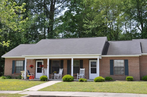 Rosewood 2br 1ba
